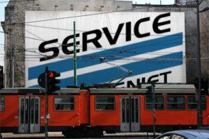 Sevice Compagniet banner bag tog Foto 7